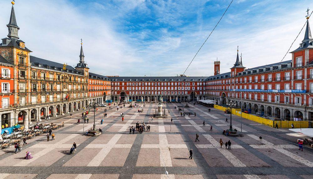 Afbeeldingsresultaat voor madrid plaza mayor